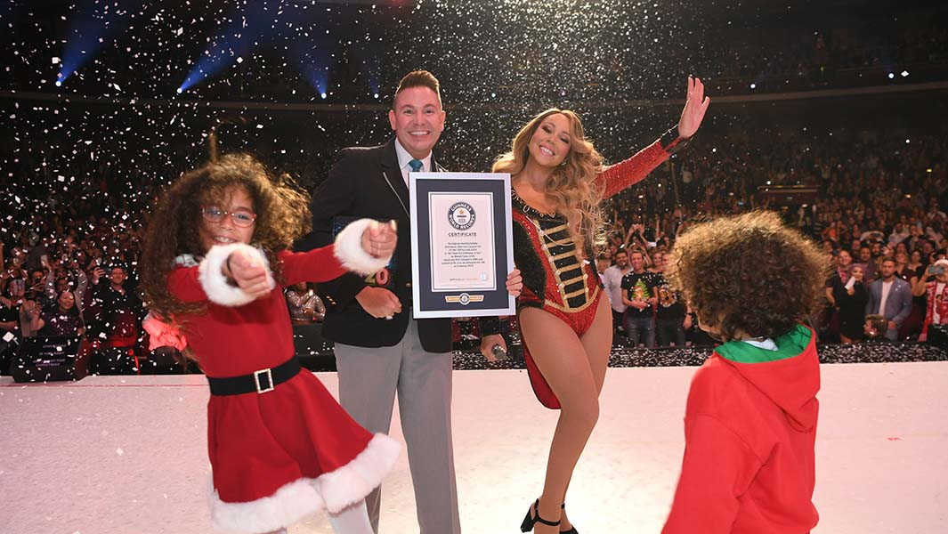 """All I Want For Christmas Is You"" a música da Mariah Carey que quebrou três recordes mundiais"